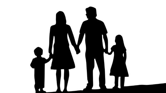 https://pixabay.com/it/famiglia-borsa-genitori-e-figli-1671088/