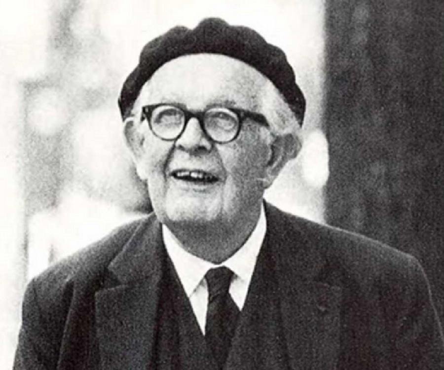https://www.thefamouspeople.com/profiles/jean-william-fritz-piaget-1784.php