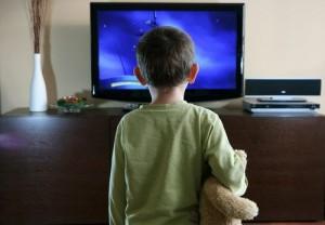 http://www.comunicazionescientifica.eu/bambini-e-tv-troppe-ore-possono-recare-danni-al-cervello-nella-fase-di-sviluppo