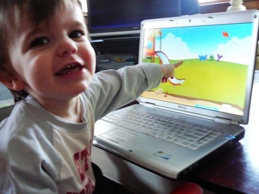 http://donna.nanopress.it/mamma/bambini-e-computer-il-mouse-a-cinque-anni/P124445/